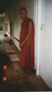 Ven Jinaratana Sri Lanks Isigilikanda dec 95 001